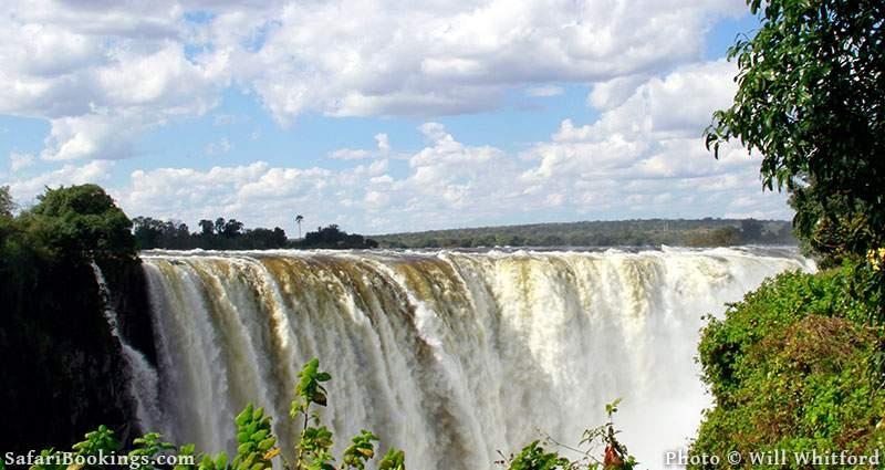 Where to stay on Zimbabwe's mighty Zambezi