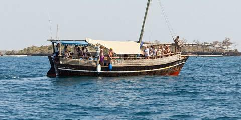 ½-Day Dhow Cruise Tamarind Dinner - Mombasa