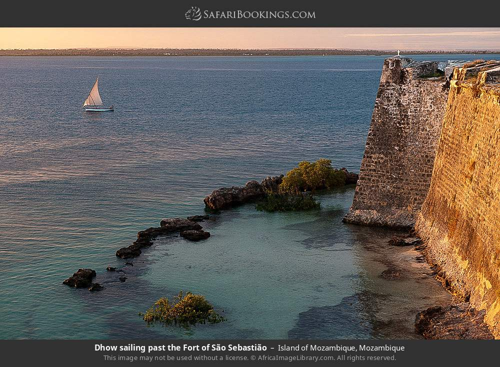 Dhow sailing past Fortress of Sao Sebastao in Island of Mozambique, Mozambique