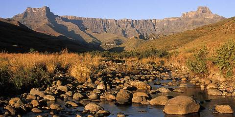 17-Day Bush Beach Canyon Culture & Cape Town (Self Drive)