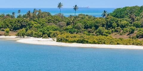5-Day Enjoy Zanzibar Beach and Safari