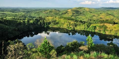 14-Day Explore Uganda Wildlife Safari and Apes Uganda