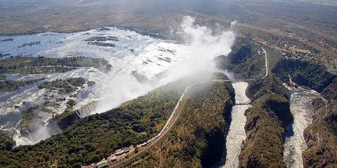 6-Day Victoria Falls Amaizing Holiday Tour Package