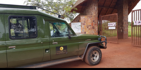 1-Day Akagera National Park Game Drive with a Safari Car