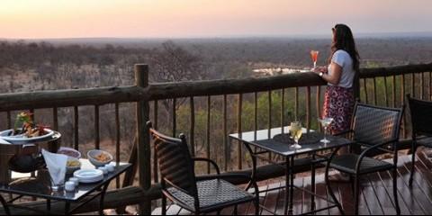 9-Day Zimbabwe's Highlights: Hwange, Lake Kariba & Falls