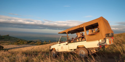8-Day Fine of the Finest Honeymoon Luxury Flying Safari