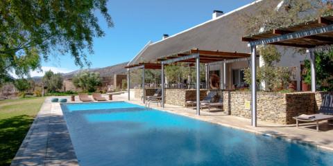 8-Day Cape Town + Sanbona Luxventure® Safari