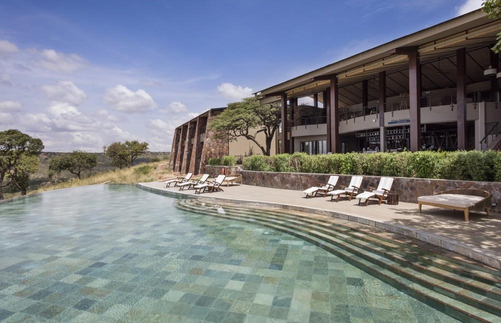 Last Minute Fly in Luxury Safari to Serengeti NP