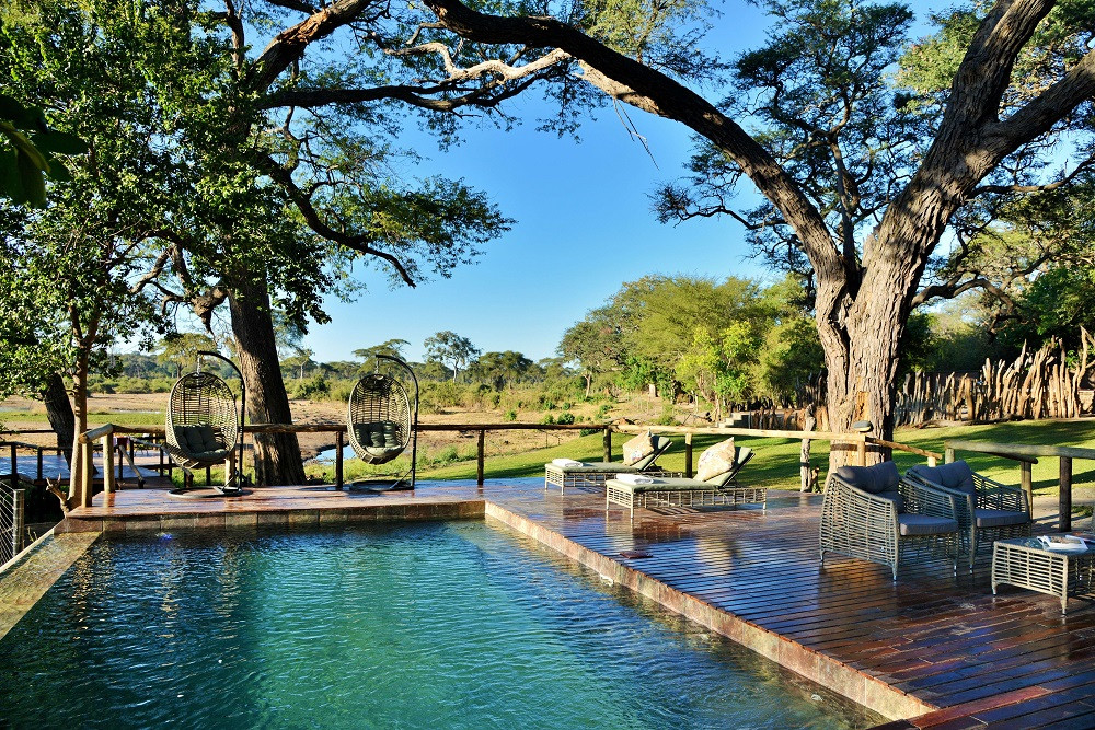 Elephant Valley Lodge - Forest Tents Botswana
