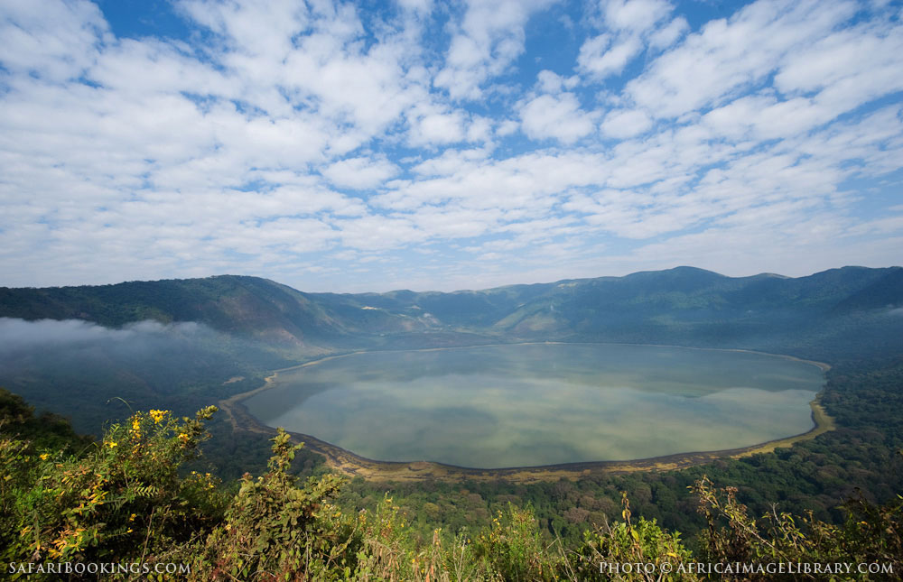 ngorongoro crater � travel guide map amp more