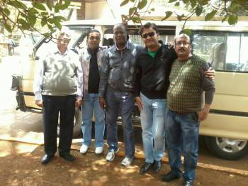 Peter Mari with clients before safari