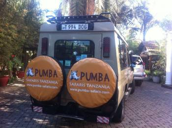 Discover Tanzania in our modern Pumba-Trucks
